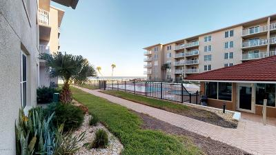 New Smyrna Beach Condo/Townhouse For Sale: 4155 S Atlantic Avenue #104