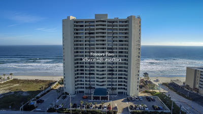 Daytona Beach Condo/Townhouse For Sale: 3425 S Atlantic Avenue #502