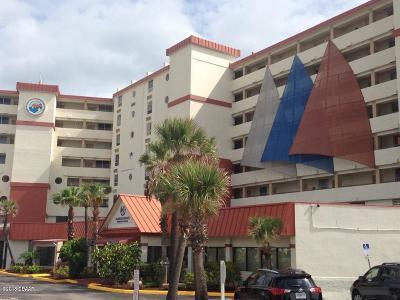 Daytona Beach Condo/Townhouse For Sale: 701 S Atlantic Avenue #319