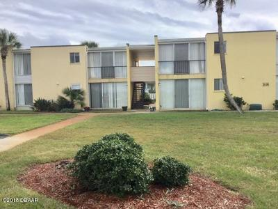 Ormond Beach Condo/Townhouse For Sale: 5500 Ocean Shore Boulevard #28