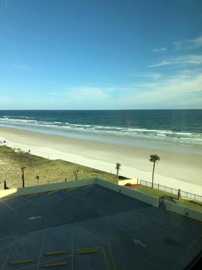 Daytona Beach Shores Condo/Townhouse For Sale: 1909 S Atlantic Avenue #620 & 62