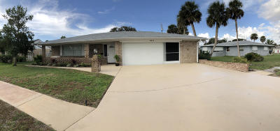 Ormond Beach Single Family Home For Sale: 62 Oakview Circle