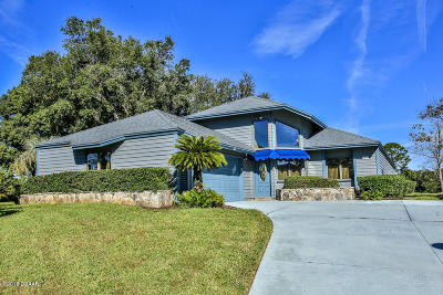 New Smyrna Beach Single Family Home For Sale: 1105 Red Maple Way