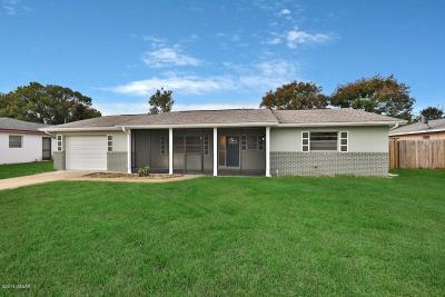 Deltona Single Family Home For Sale: 965 E Normandy Boulevard