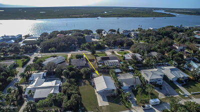 New Smyrna Beach Single Family Home For Sale: 1508 Beacon Street