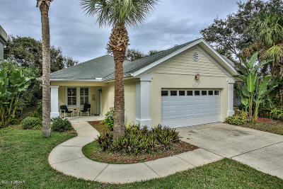 New Smyrna Beach Single Family Home For Sale: 836 E 12th Avenue