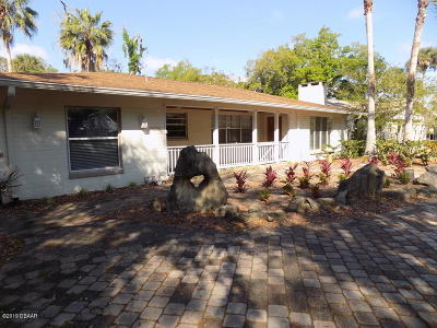 Port Orange Single Family Home For Sale: 5856 Riverside Drive