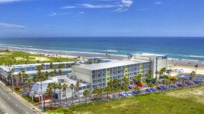 Daytona Beach Condo/Townhouse For Sale: 935 S Atlantic Avenue #109