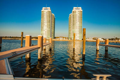 Holly Hill Condo/Townhouse For Sale: 241 Riverside Drive #1401