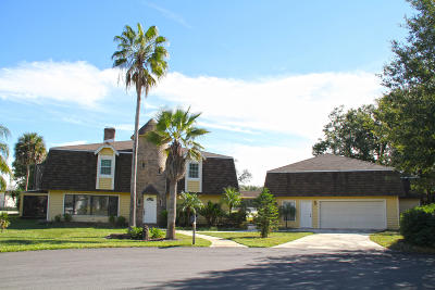 Spruce Creek Fly In Single Family Home For Sale: 2 Lazy Eight Drive