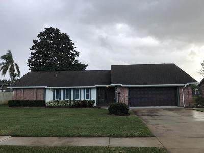 Port Orange Single Family Home For Sale: 826 Chickadee Drive