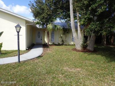 Palm Coast Single Family Home For Sale: 19 Cedardale Court