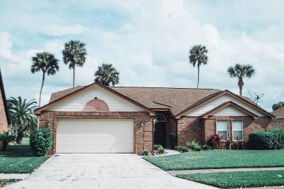 Daytona Beach Single Family Home For Sale: 110 Aleatha Drive