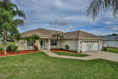 South Daytona Single Family Home For Sale: 121 Spinnaker Circle