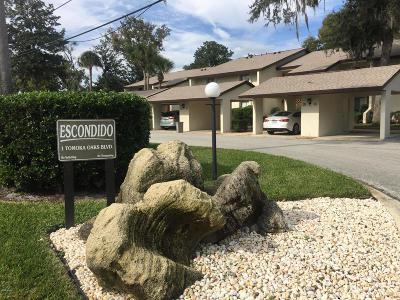 Ormond Beach Condo/Townhouse For Sale: 1 Tomoka Oaks Boulevard #132