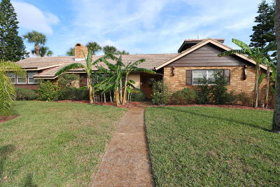 Single Family Home For Sale: 1 Ligustrum Circle