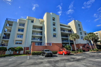 New Smyrna Beach Condo/Townhouse For Sale: 5300 S Atlantic Avenue #1602