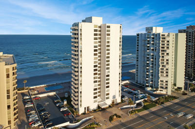 Daytona Beach Shores Condo/Townhouse For Sale: 3043 S Atlantic Avenue #B010