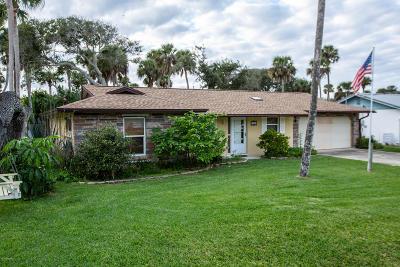 New Smyrna Beach Single Family Home For Sale: 708 S Cooper Street