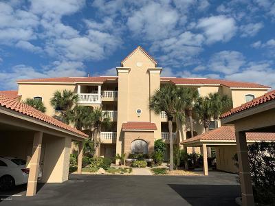 New Smyrna Beach Condo/Townhouse For Sale: 436 Bouchelle Drive #204