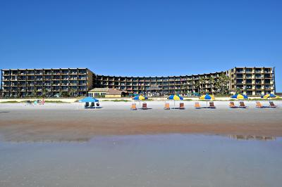 Daytona Beach Shores Condo/Townhouse For Sale: 2301 S Atlantic Avenue #533
