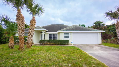 Ormond Beach Single Family Home For Sale: 130 Heron Dunes Drive
