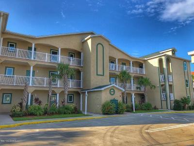 New Smyrna Beach Condo/Townhouse For Sale: 468 Bouchelle Drive #325