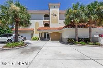Volusia County Condo/Townhouse For Sale: 267 Middle Way #D