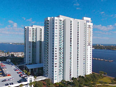 Volusia County Condo/Townhouse For Sale: 231 Riverside Drive #2104-1