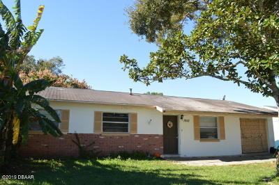 Single Family Home For Sale: 1952 Nelson Avenue