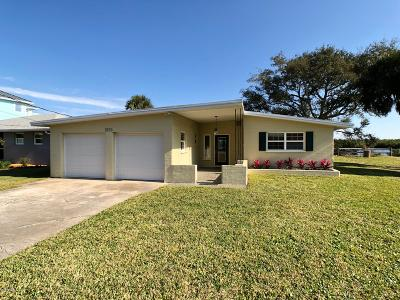 Port Orange Single Family Home For Sale: 5739 Riverside Drive