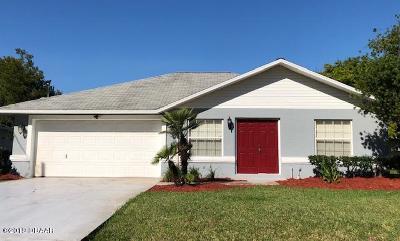 Palm Coast Single Family Home For Sale: 34 Columbia Lane