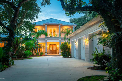 Ponce Inlet, South Daytona, Wilbur-by-the-sea Single Family Home For Sale: 4926 Sailfish Drive