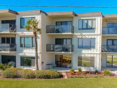 Ormond Beach Condo/Townhouse For Sale: 2600 Ocean Shore Boulevard #104