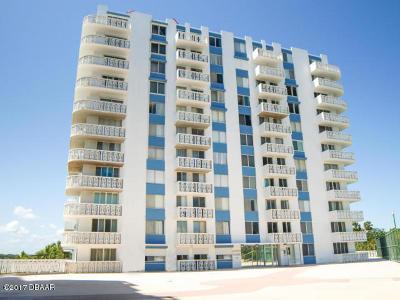 Daytona Beach Condo/Townhouse For Sale: 935 N Halifax Avenue #404