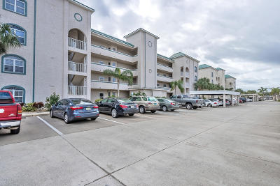 New Smyrna Beach Condo/Townhouse For Sale: 420 Bouchelle Drive #302