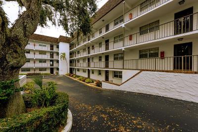 Daytona Beach Condo/Townhouse For Sale: 118 S Halifax Avenue #410