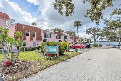 Daytona Beach Condo/Townhouse For Sale: 102 Mitchell Place #102