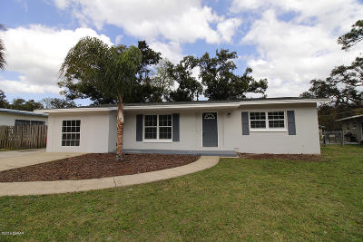 Daytona Beach Single Family Home For Sale: 1227 Midway Boulevard