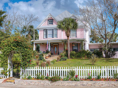 Daytona Beach Single Family Home For Sale: 715 S Peninsula Drive