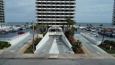 Daytona Beach Condo/Townhouse For Sale: 2900 N Atlantic Avenue #1102