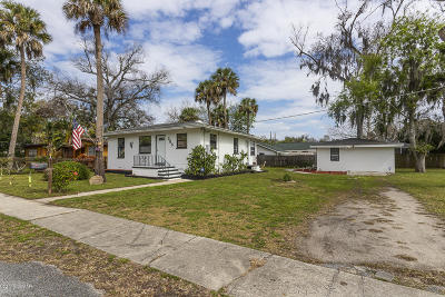 Daytona Beach, Daytona Beach Shores Single Family Home For Sale: 305 N Frederick Avenue