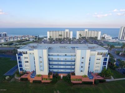 New Smyrna Beach Condo/Townhouse For Sale: 5300 S Atlantic Avenue #2-501