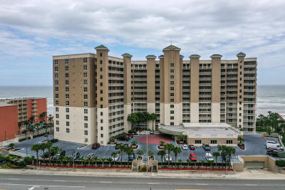 Daytona Beach Condo/Townhouse For Sale: 2403 S Atlantic Avenue #1105