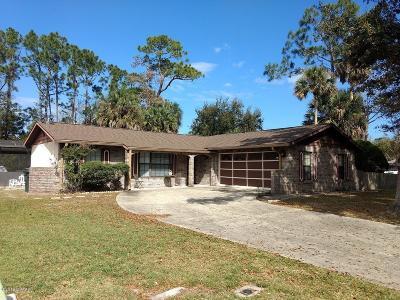 Daytona Beach Single Family Home For Sale: 301 N Paul Revere Drive