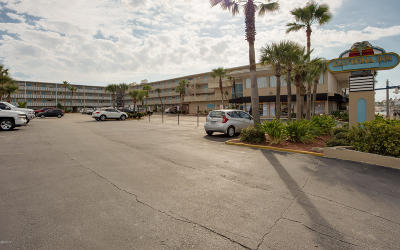 Daytona Beach Condo/Townhouse For Sale: 219 S Atlantic Avenue #217