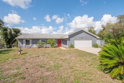 Debary Single Family Home For Sale: 22 Estrella Road