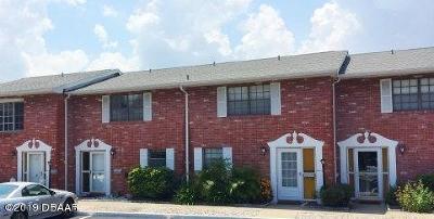 South Daytona Condo/Townhouse For Sale: 2250 S Palmetto Avenue #120
