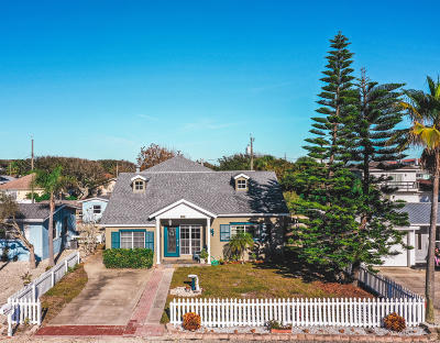 New Smyrna Beach Single Family Home For Sale: 832 E 24th Avenue