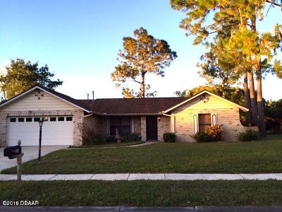 Daytona Beach Single Family Home For Sale: 104 Colleen Drive